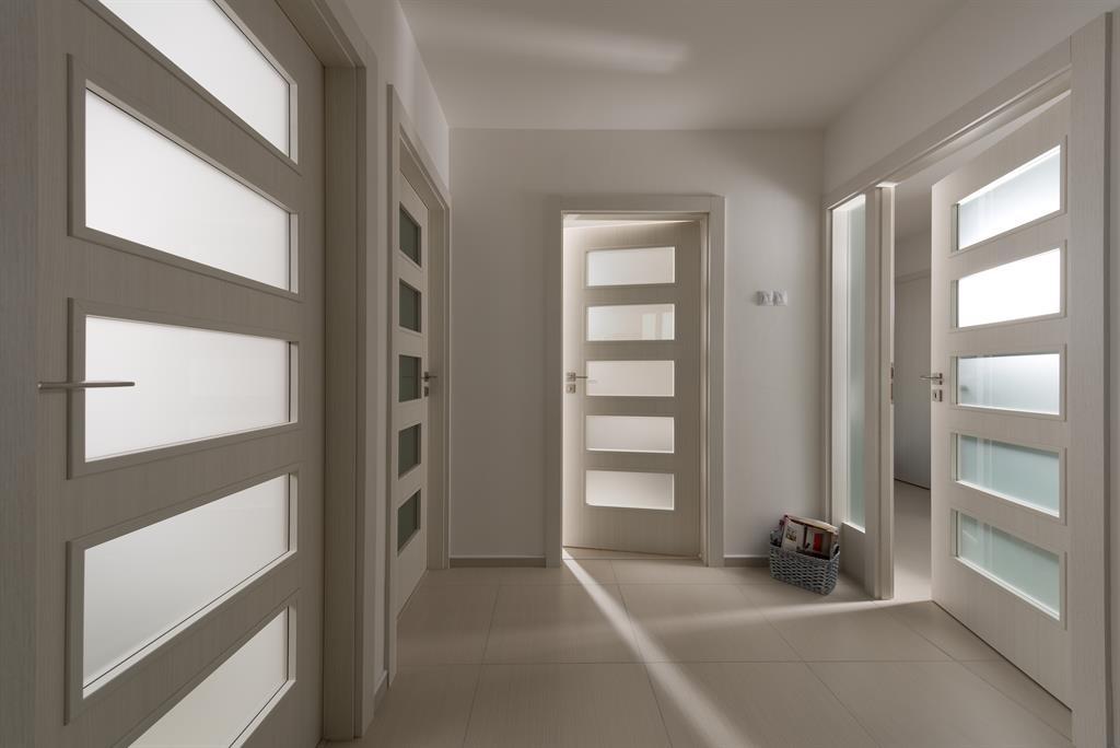 interierove-dvere-s-prosklenymi-plochami-1